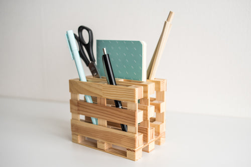 Wood miniature pallet desk organize