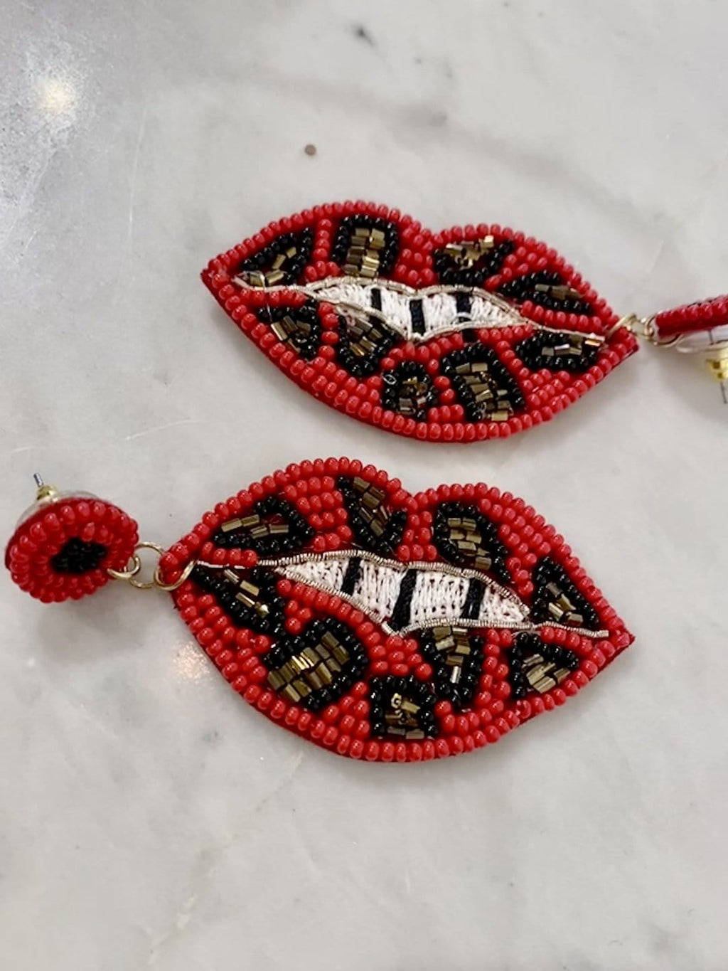 Leopard Lips Earrings