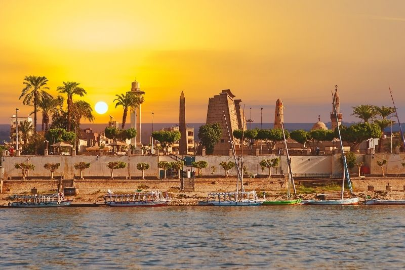 Nile Cruise Luxor & Aswan New Year 4 Days Trip