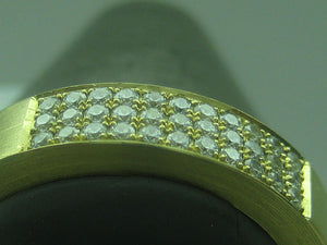 What is micro pave jewellery ?