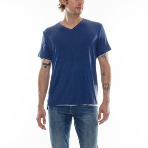 DOUBLE LAYER V-NECK TEE - NAVY/GREY