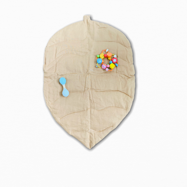 Leaf play mat from natural linen
