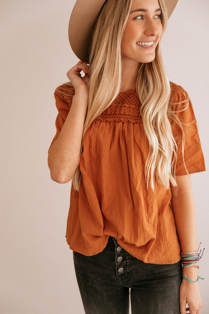 Camel Crochet-Accent Short-Sleeve Top