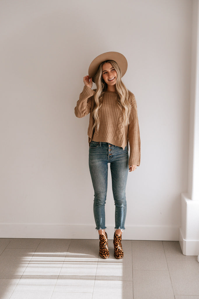 Cropped Cable Knit Sweater