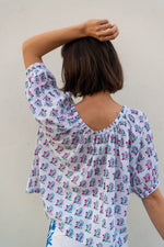 SZ Tracy Top in Shale Blue Windy Flowers Print