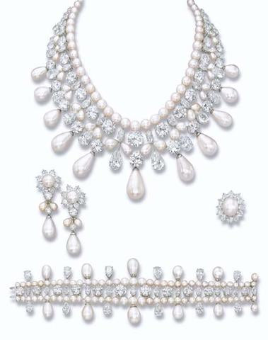 The Gulf Pearl Parure