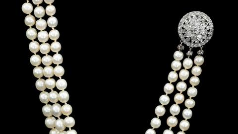 Natural Pearl and Diamond Necklace of Queen Marie Antoinette