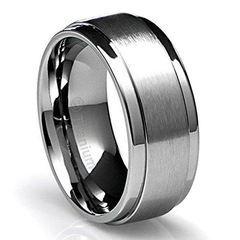 Men's Lustrous Flat Brushed Top Titanium Wedding Band