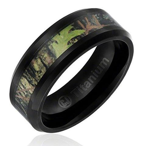 Camouflage Inlay Black Titanium Beveled Wedding Band