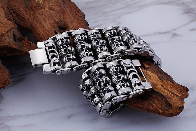 Men's Stainless Steel Multiple Skull Charm Bracelet - InnovatoDesign