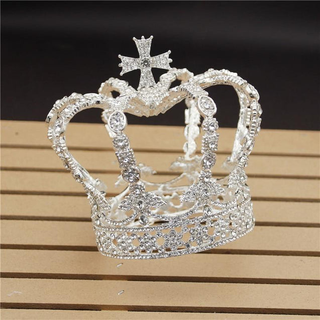 Royal Queen & King Crown with Zirconia and Cross for Wedding - InnovatoDesign