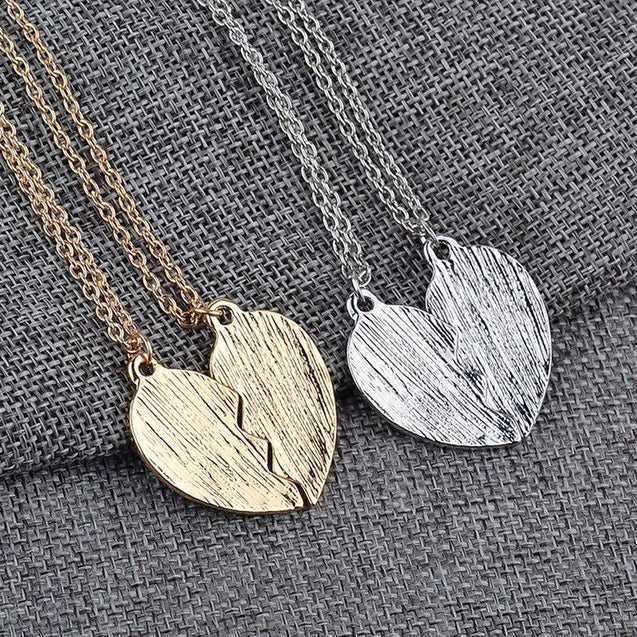 Mother and Daughter Heart Pendant Necklace Set - InnovatoDesign