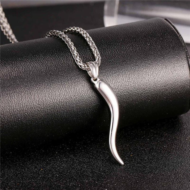 Stainless Steel Horn Pendant Chain Necklace