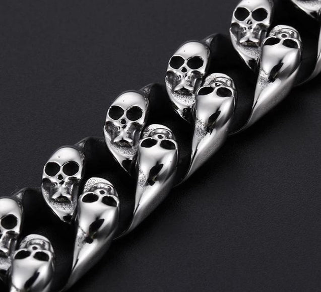 Men's Stainless Steel Double Skull Bracelet - InnovatoDesign