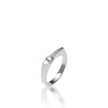 Load image into Gallery viewer, Women's 14 karat White Gold Polar Diamond Ring