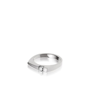 Women's 14 karat White Gold Polar Diamond Ring