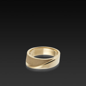 Men's 14 karat Yellow Gold Eclipse Band