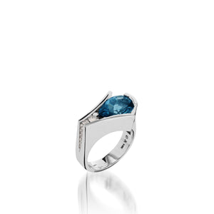 Women's 14 karat White Gold Venture Pear-shaped Blue Topaz Ring with Diamonds