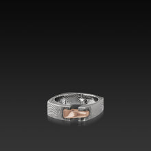 Load image into Gallery viewer, Men's Flat Twist Damascus Steel and 14 karat Rose Gold Aries Band