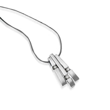 Load image into Gallery viewer, Women's 14 karat White Gold Originate Diamond Pendant Necklace