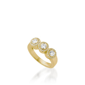 Women's 18 karat Yellow Gold Affection Diamond Ring