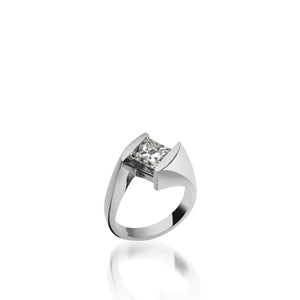 18 karat White Gold Decision Diamond Engagement Ring