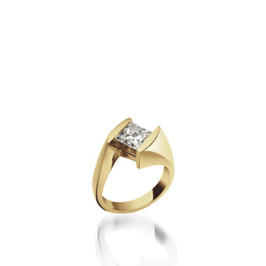 18 karat Yellow Gold Decision Diamond Engagement Ring