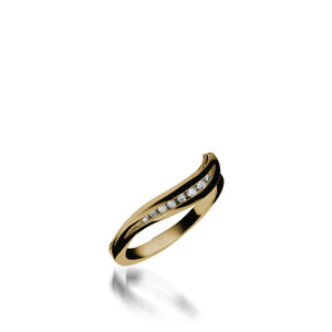 Apropos Yellow Gold, Plus Diamond Wedding Band