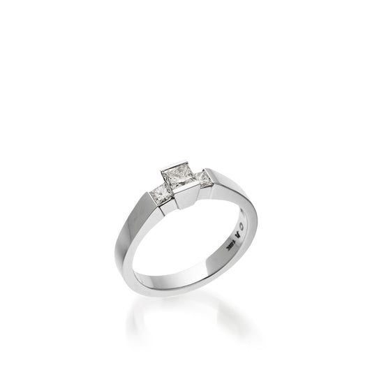 Ventana Luminaire Diamond Ring