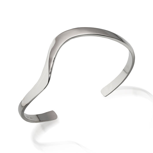 Women's Hand-forged in 14 karat White Gold Dallas Cuff Bracelet