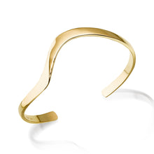 Load image into Gallery viewer, Women's Hand-forged in 14 karat Yellow Gold Dallas Cuff Bracelet