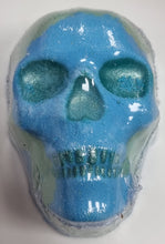 Load image into Gallery viewer, Large Skulls Bath Bomb