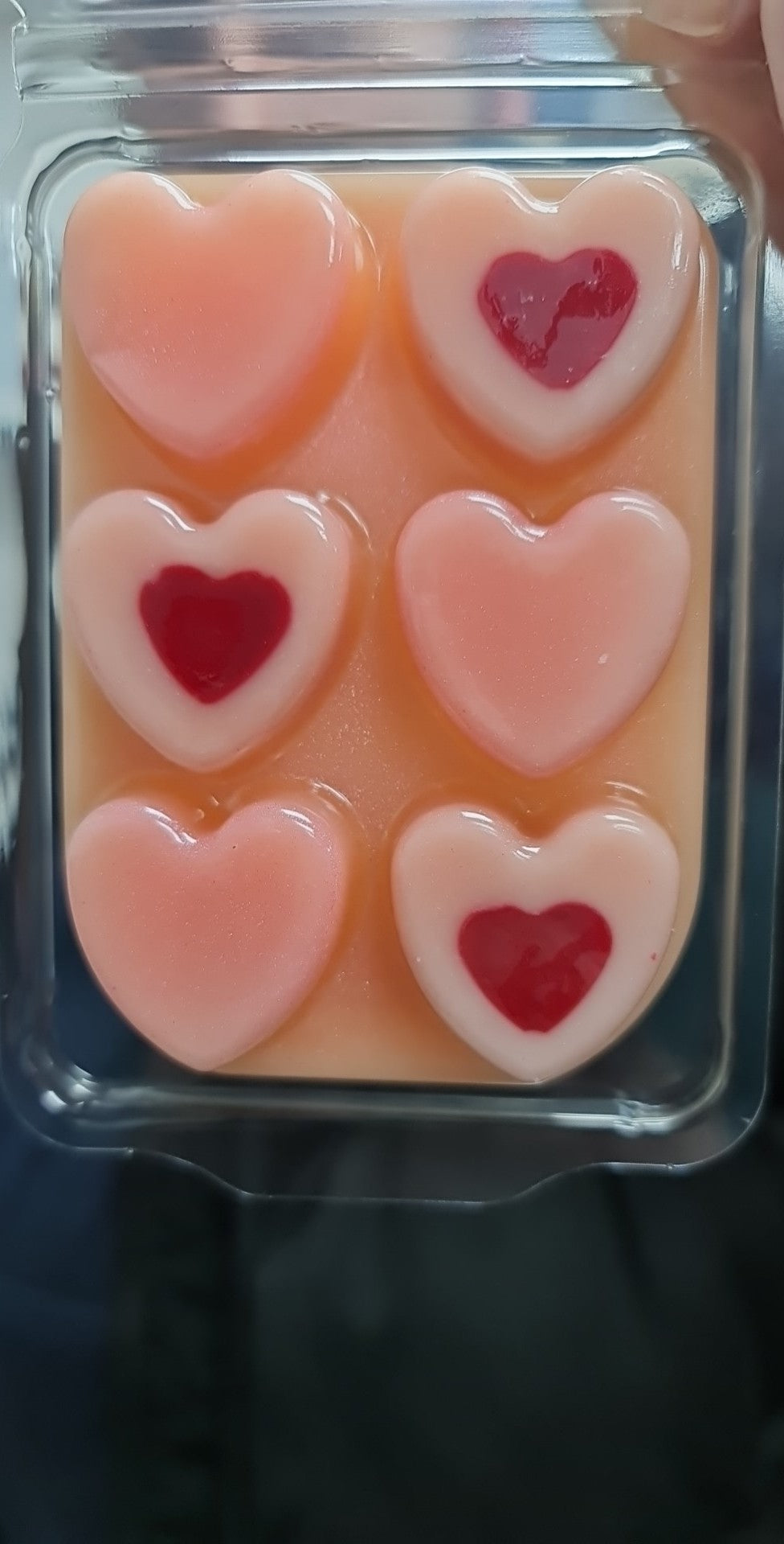 Loveheart Clamshell