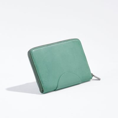 The Moonrise Travel Wallet Moss