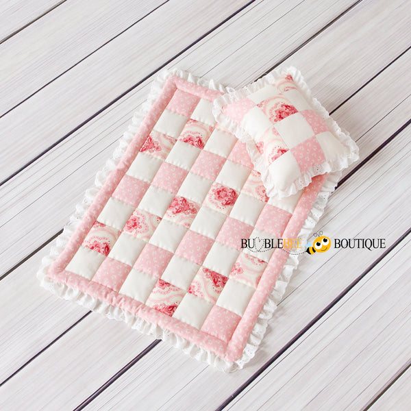 Beaujolais mini quilt & pillow set