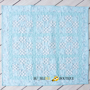 Bluebirds patchworks quilt
