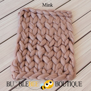 Bumblebee Boutique Bump Blanket Mink