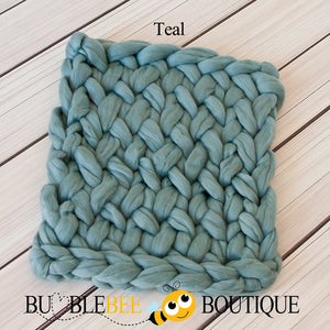 Bumblebee Boutique Bump Blanket Teal