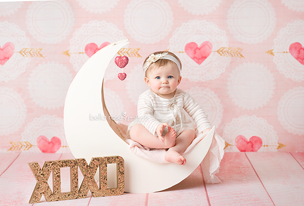 Cupids Arrow Valentine's Photo Backdrop