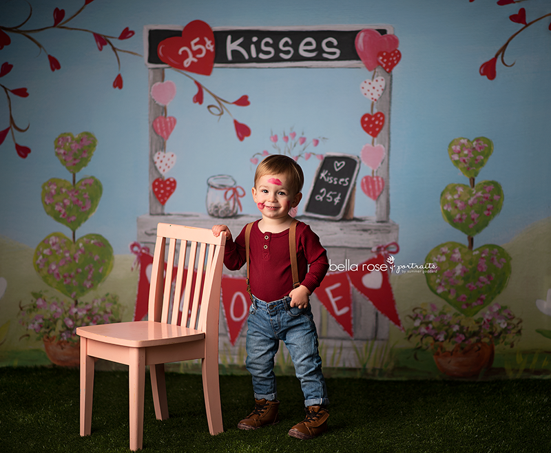 Valentine's Kissing Booth photography backdrop & background