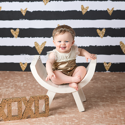 Valentine's Photography Backdrop | Hello Love