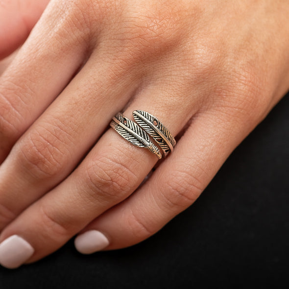 Dakota Feather Ring