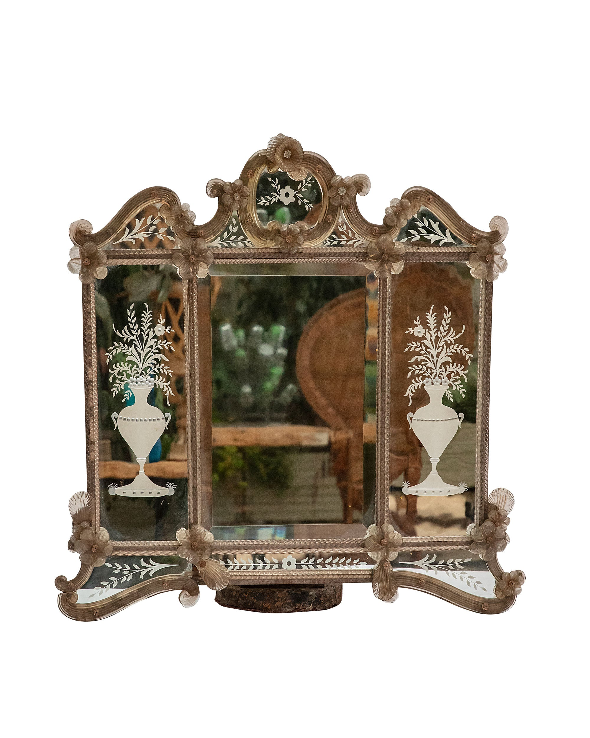 Venetian mirror with floral decorations. Italy. XIXth century