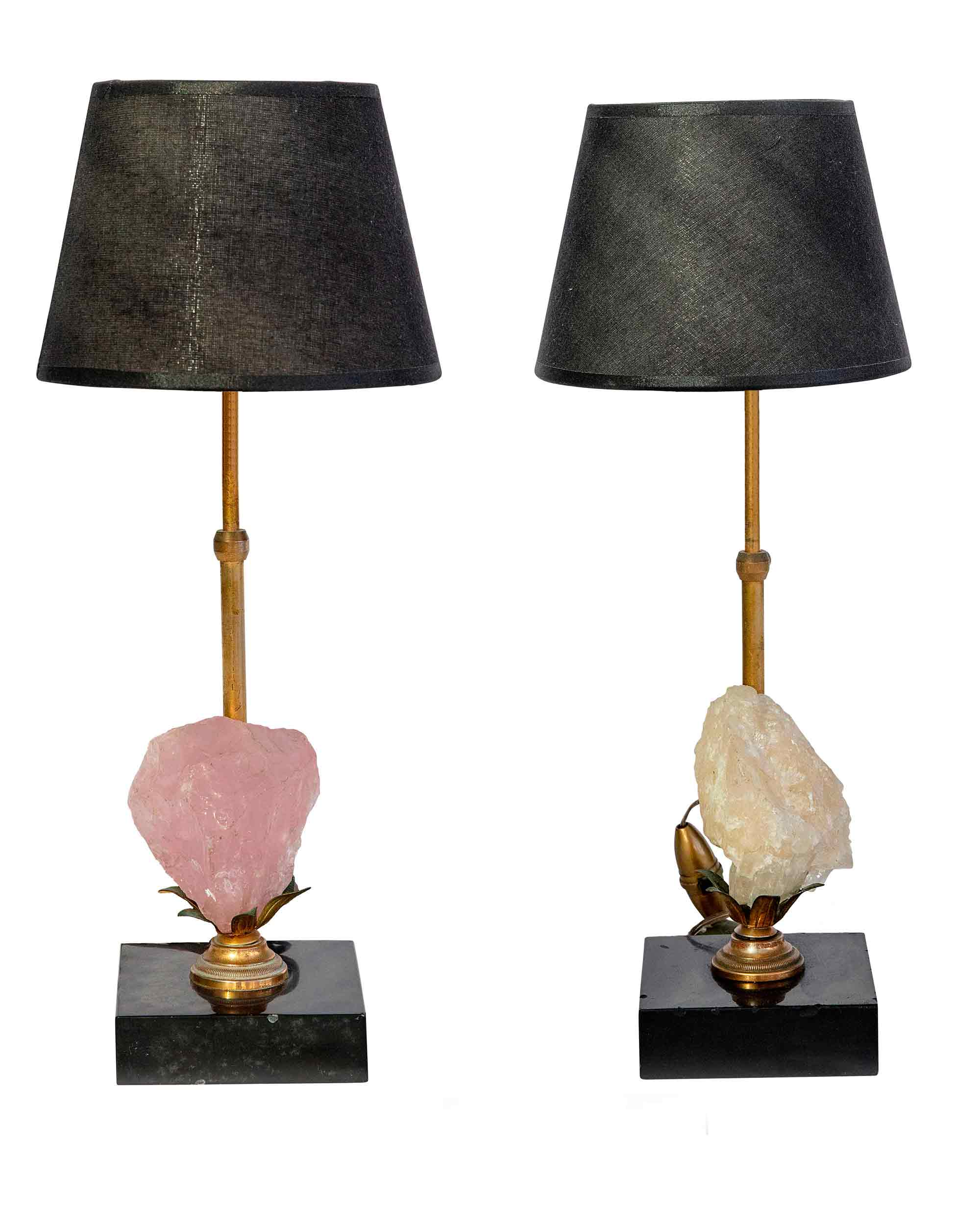 Pair of lamps with pink and white quartz, with a black marble base and a bronze structure. Year 1960