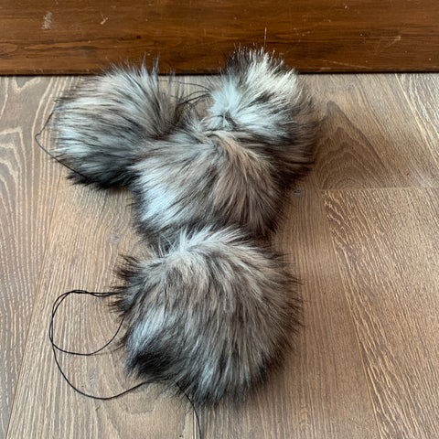 Faux Fur Pom | Fifty Shades