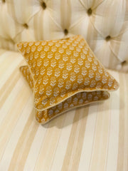 Lisa Fine Pillow (Mini)