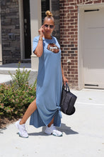 Load image into Gallery viewer, Blues Lips Maxi Dress