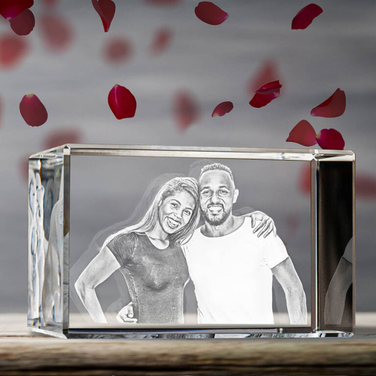 Personalized 2D & 3D Crystal Cube with Laser Engraved Photo