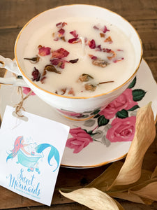 Rose Petals Teacup Soy Candle - by Sweet Mermaids