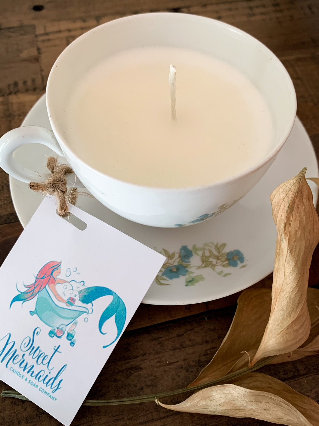 Water Lily & Jasmine Teacup Candle - by Sweet Mermaids